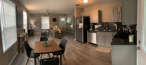 2BR 1BA fully renovated oasis