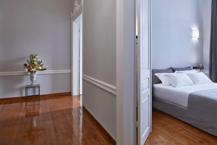 Floor Corridor (2 floors)