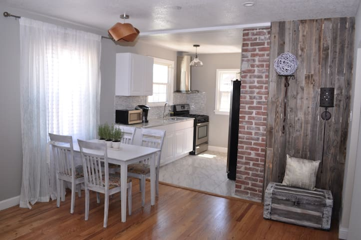 Recently Remodeled & Close to Downtown Denver!