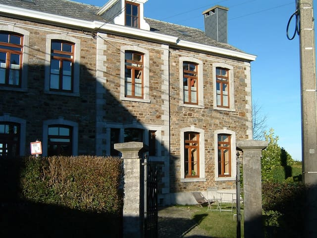 Au charme d'antan - Julémont - House
