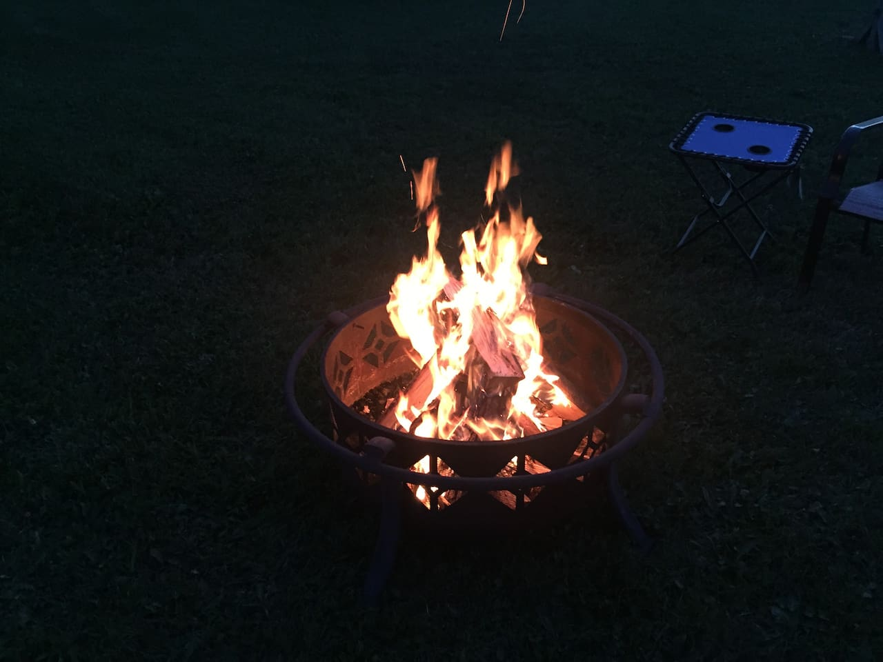 Fire pit to enjoy the evening hours.