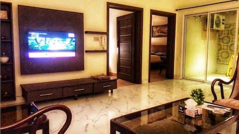 Fawn Lodge-2卧室部分电视、无线网络、空调和露台