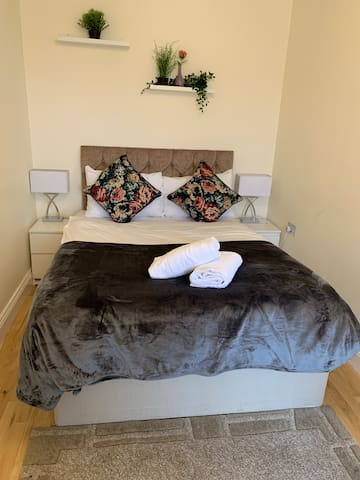 Amazing One Bedroom Hyde Park Central London 7 QT