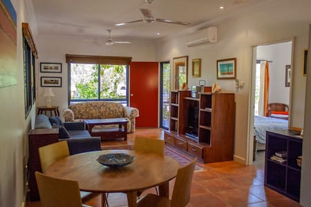 Jigil Guesthouse - self contained - Broome - Apartment