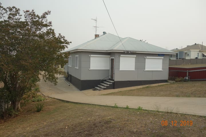 Cute cottage on Mathews