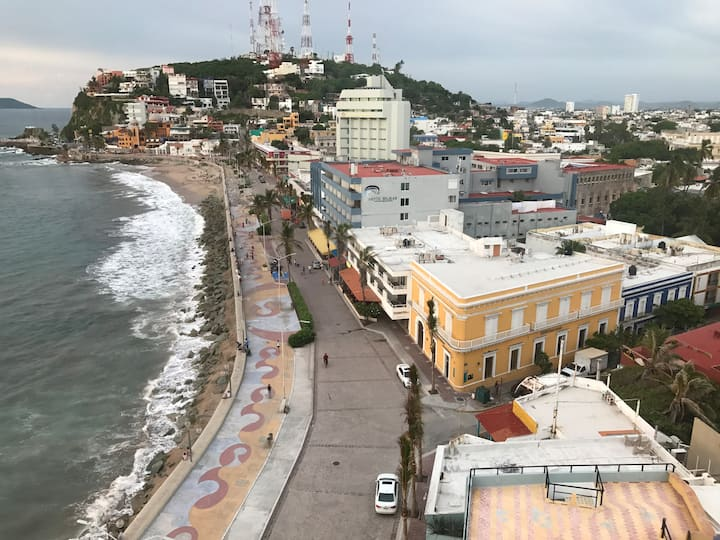 new loft in old mazatlan 3 blocks from  the beach