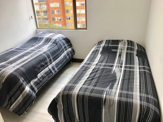 Alcoba 2 camas sencillas