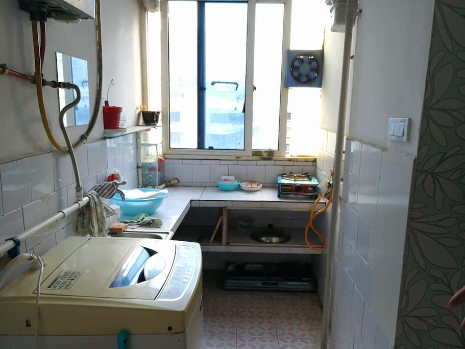 厨房主卧室