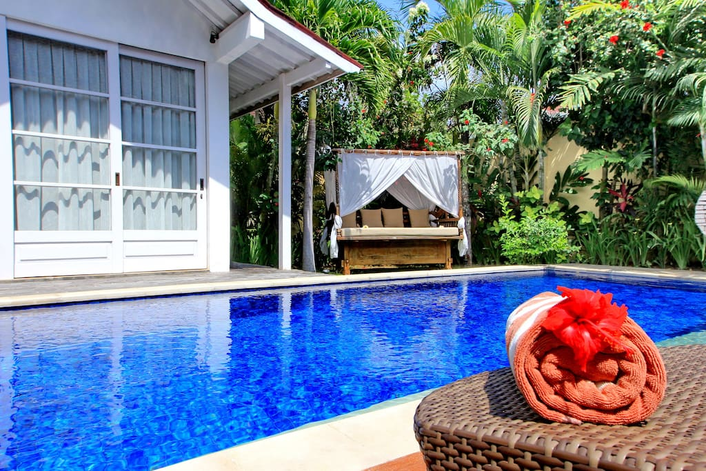 Private swimming pool, sunbeds, pool towels are provided.