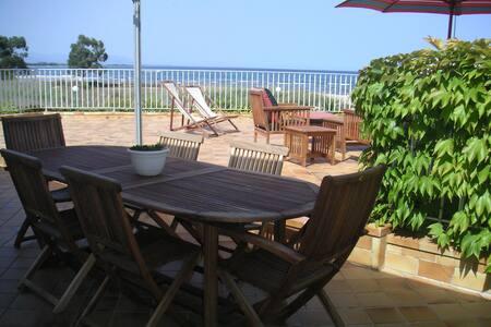 Villa vue mer, plage à 50 mètres - Solenzara