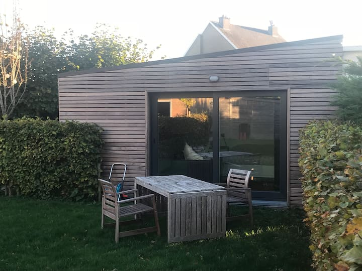 Ostend, tiny house in south orientated garden