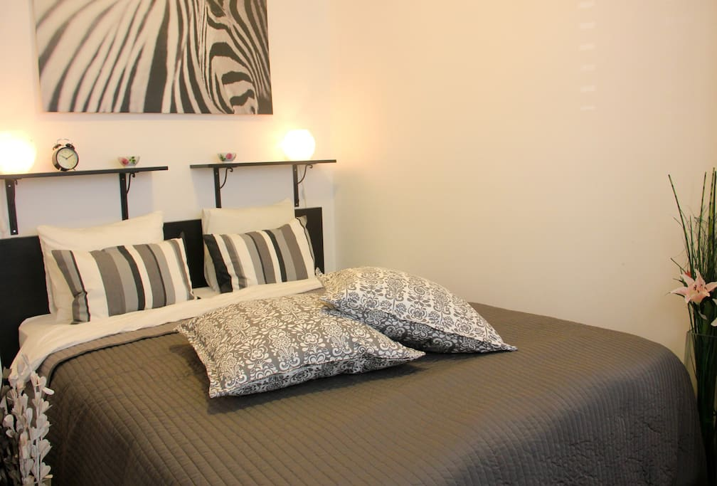 Main bedroom with king sized bed.