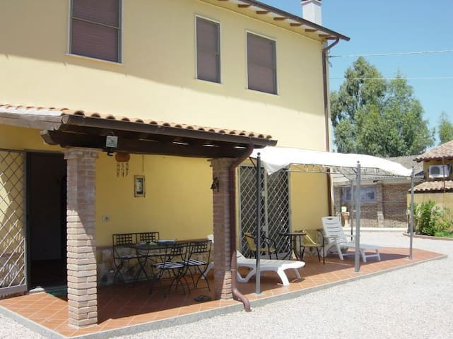seaside holidays in the Green marem - Pescia Romana - House