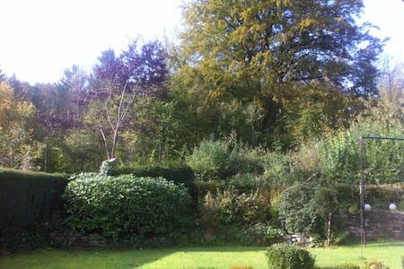 Wohnen im Grünen (Wald & Garten) - Haus