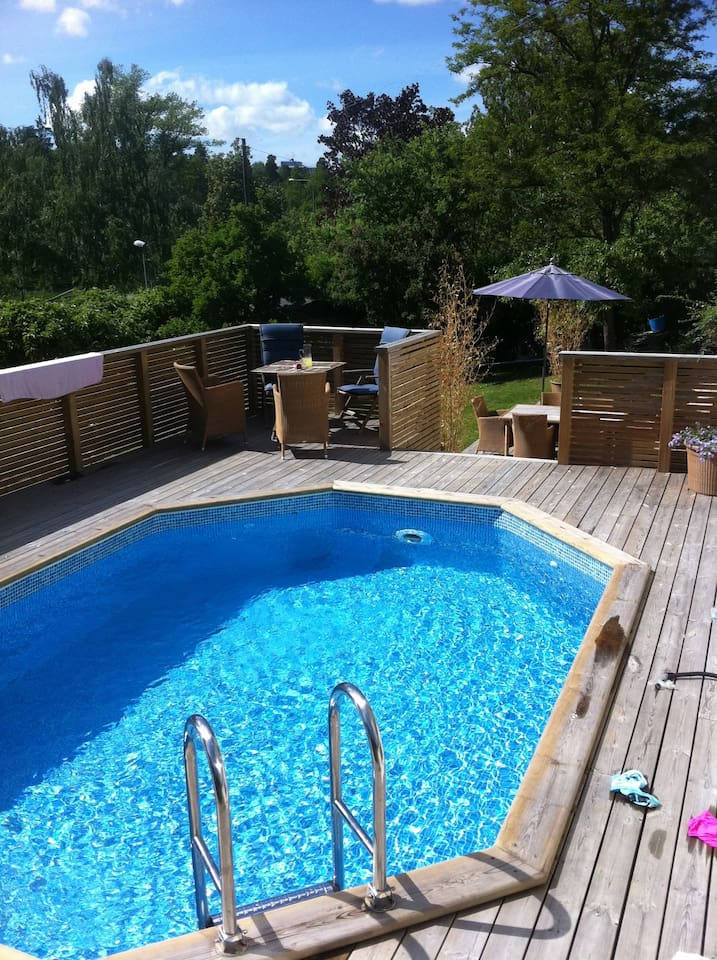 Nice swimming pool (28 C)