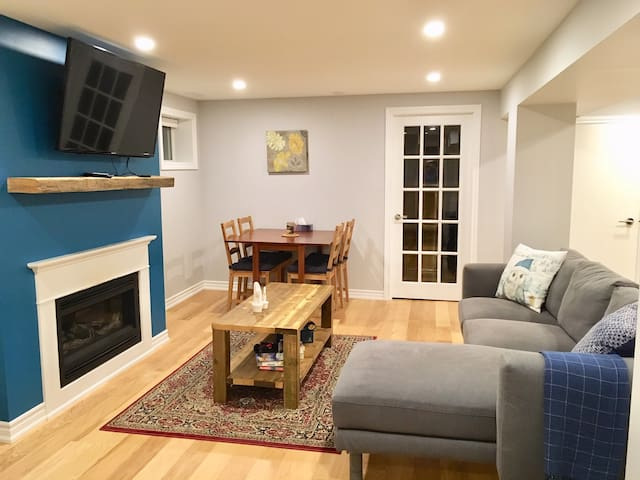 Newly renovated & bright 2 bedroom basement