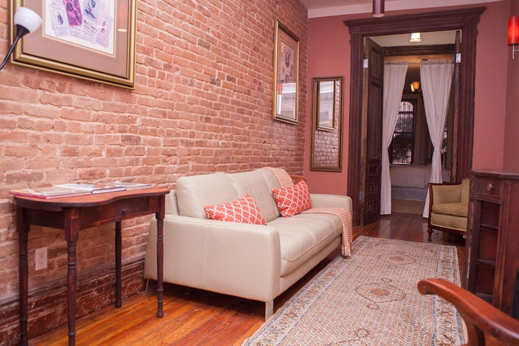 Spacious 2 BR Apt Mins To Manhattan - Apartments for Rent in ...