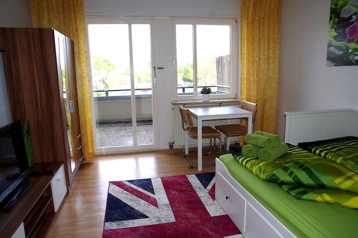 Nice apartment in Karlsruhe-Waldstadt