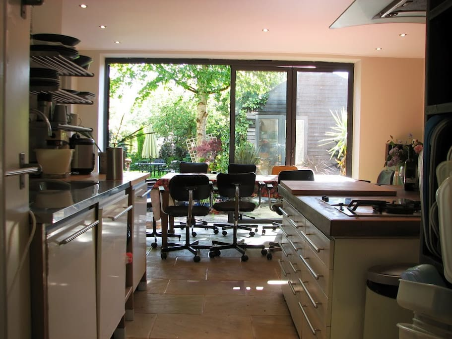 Share large well equipped kitchen/dining room