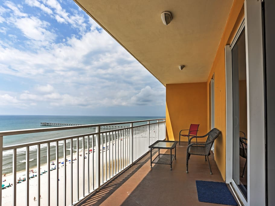 Wake up each day to gorgeous views of the Gulf!