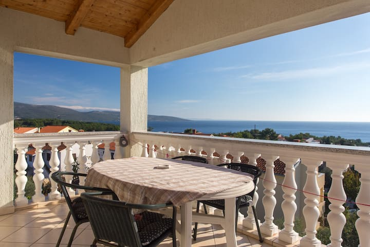 Apartment with beautiful sea view  - Krk - Wohnung