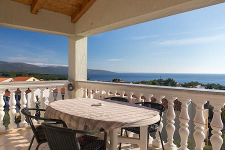 Apartment with beautiful sea view  - Krk - 公寓