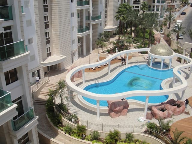 LOVELY 2BR GOLF RESIDENCE EILAT