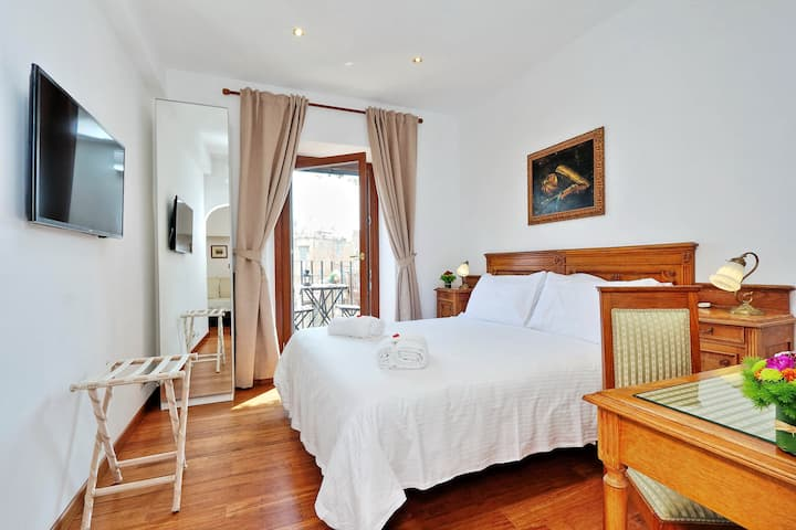 Attico Navona Penthouse room 3