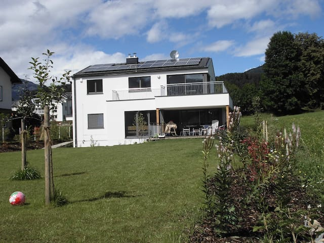 Lichtblick am See Sommer und Winter - Seeboden - Dům