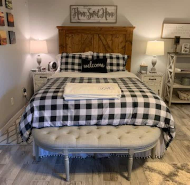 Country Chic, Private Suite