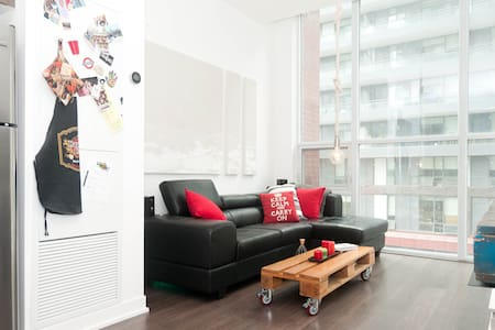 LoftStyle Bedroom with ensuite - Toronto
