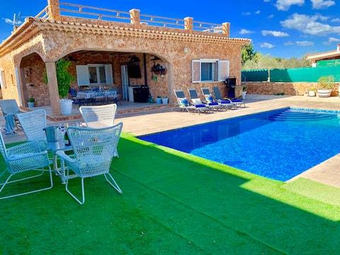 Villa Mallorca 5 ' de Palma ideal para famílias.