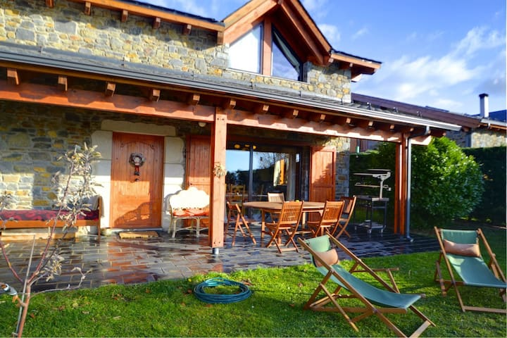 Chalet with wonderful views - Palau-de-Cerdagne