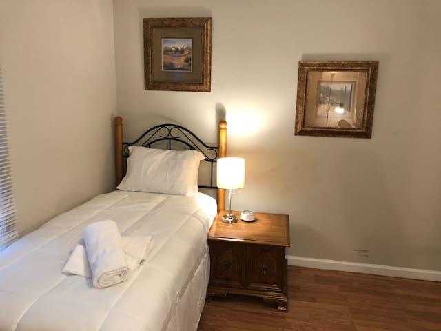 Twin Bedroom A, Shared Bath - South CLT/Pineville