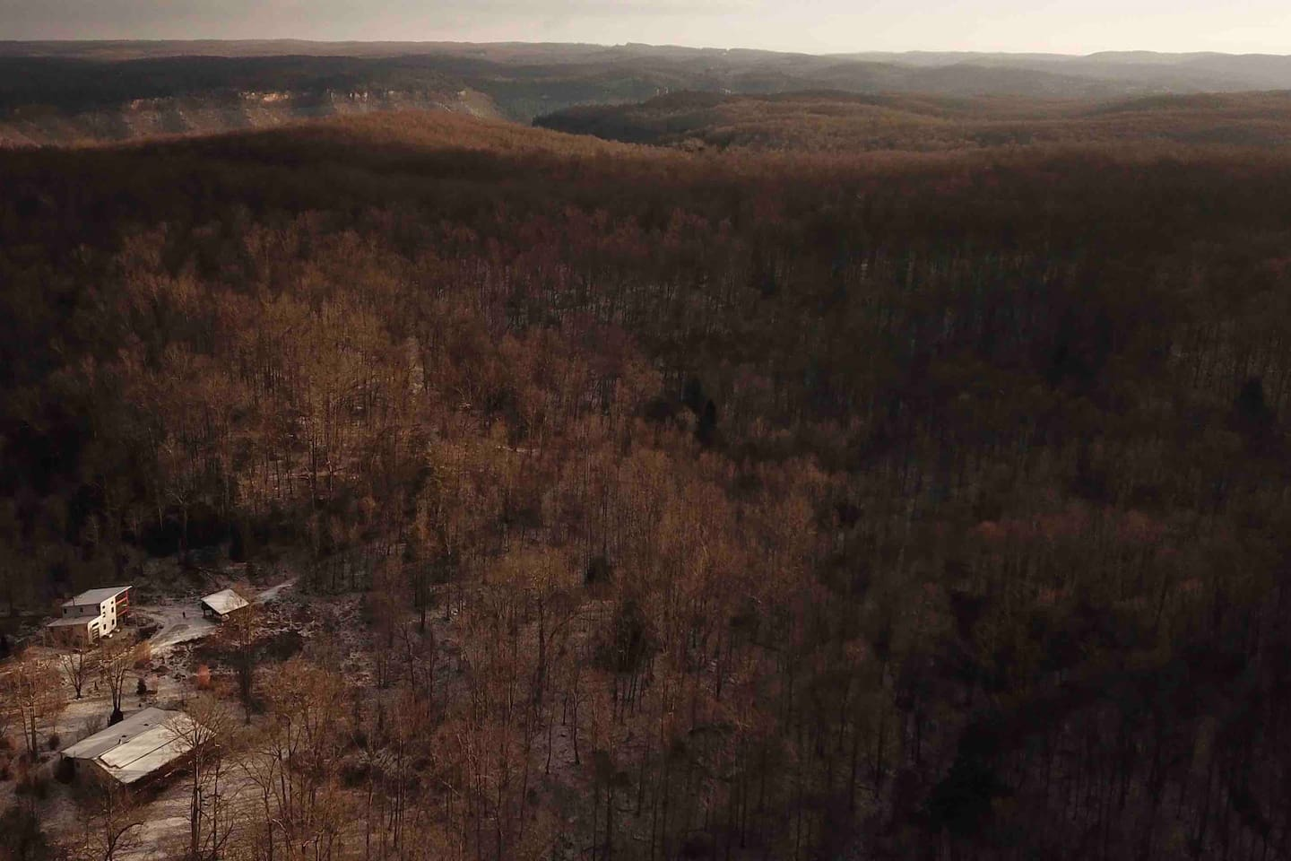 Late fall and winter are great times to see the shape of the land in the New River Gorge.