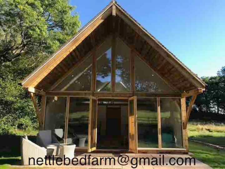 Nettlebed Farm Holiday Lets, Barn2