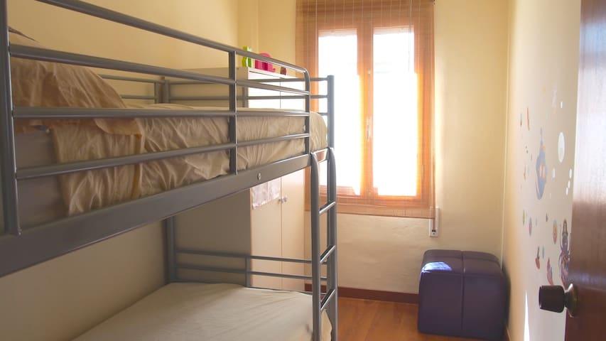Habitació amb llitera