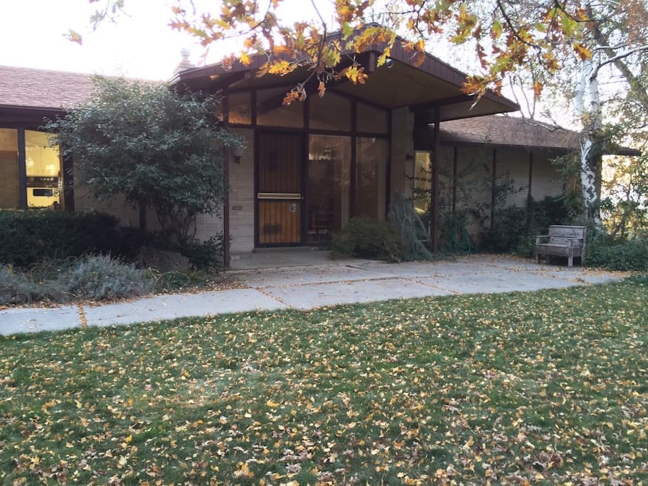 oak hills mid century with views houses for rent in