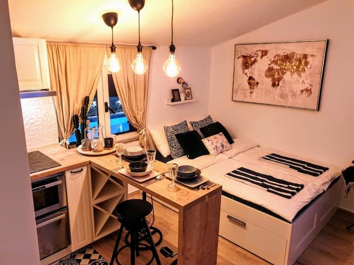BrandNew Studio Apartment with view, island Ugljan