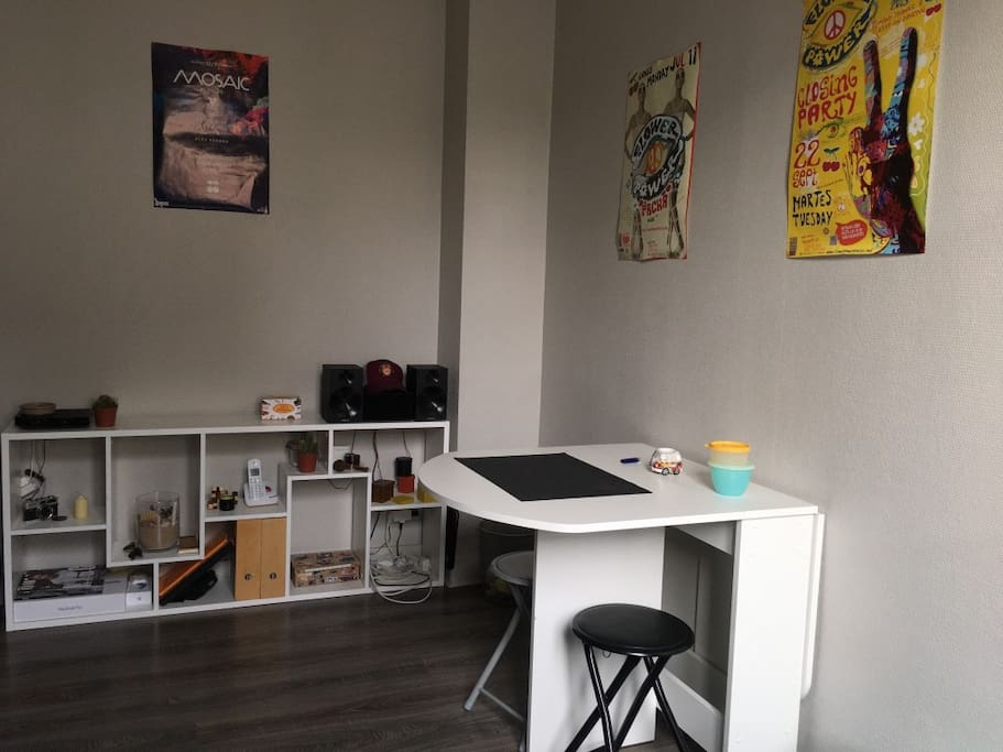 studio cosy hypercentre angers appartements louer angers pays de la loire france. Black Bedroom Furniture Sets. Home Design Ideas