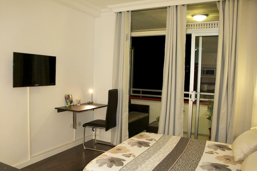 Moderno estudio reci n renovado apartamentos en for Estudio puerto de la cruz