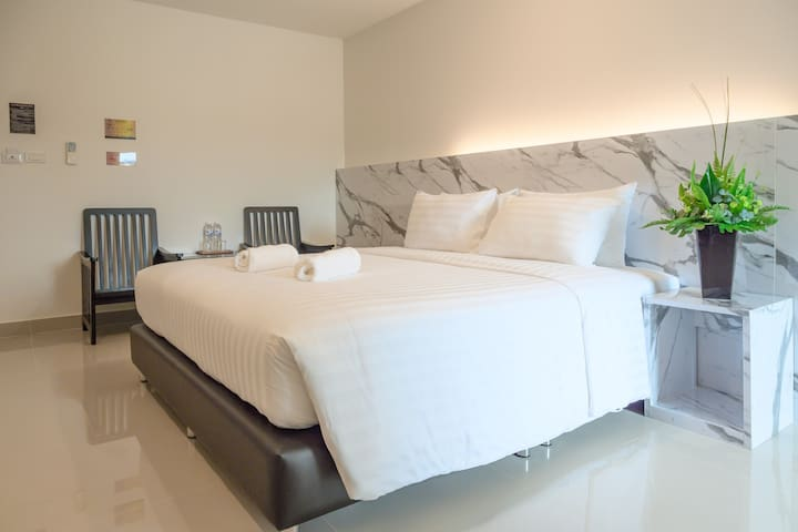 Don mueang Place Hotel