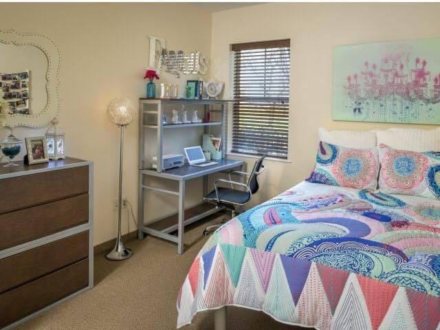 4 BEDROOM APARTMENT - Binghamton - Apartemen