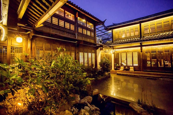 禅意别墅 丽江Nirvana别墅是与家人,朋友,团队出行首选。--独立厨房,给您提供安静的私人空间 - Lijiang - Villa