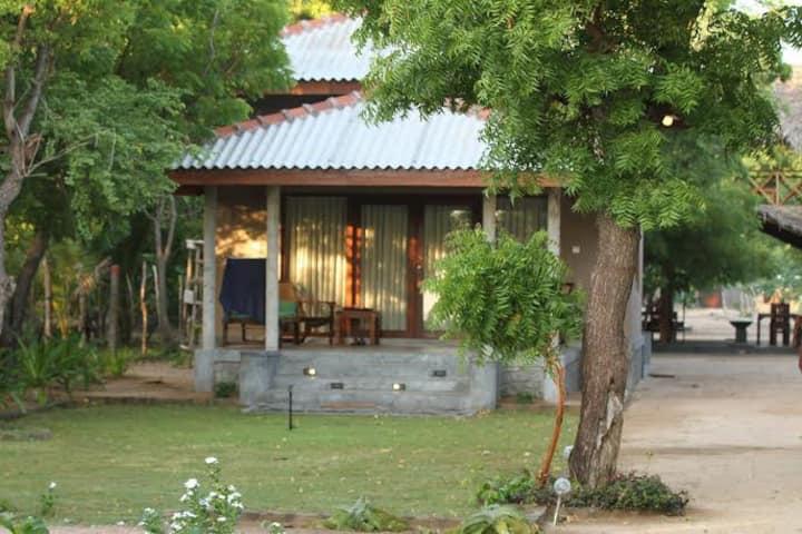 Nagenahira Beach Villas