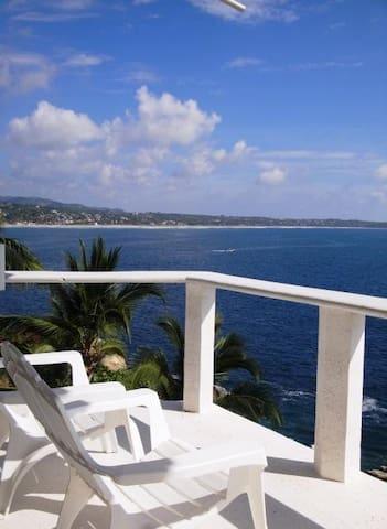Ocean front villa in Puerto Escondido