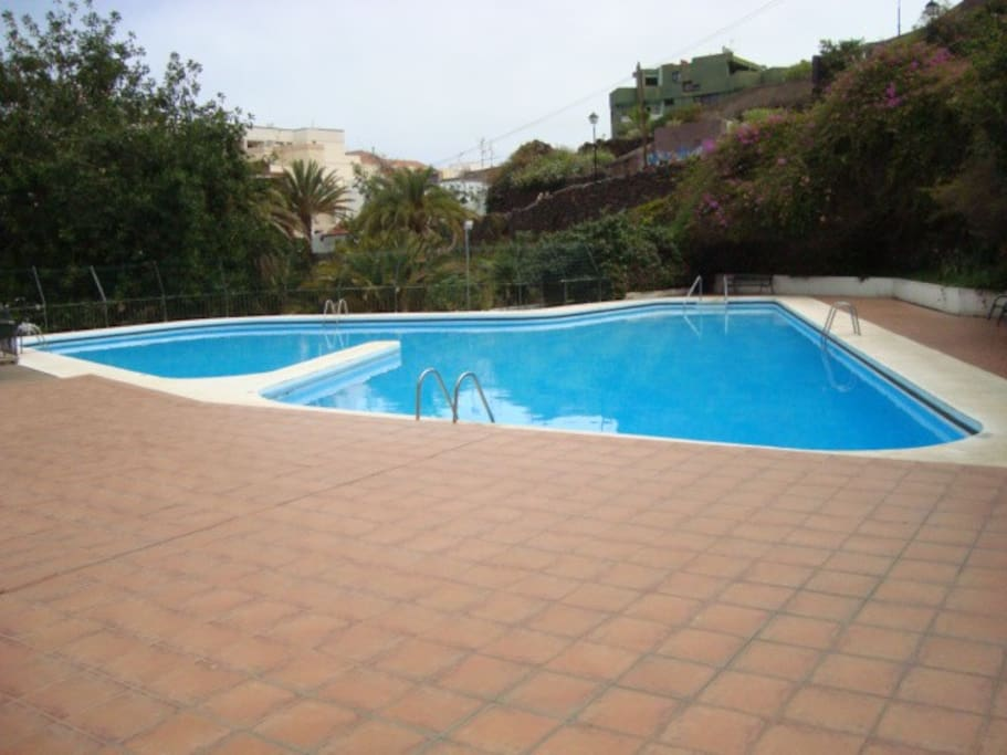 Charming Studio With Parking And Swimming Pool