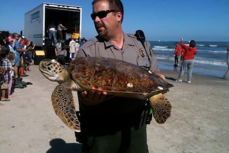 Turtle B:Min.to Beach to Schlitterb,Heat Pool,Wifi - Corpus Christi