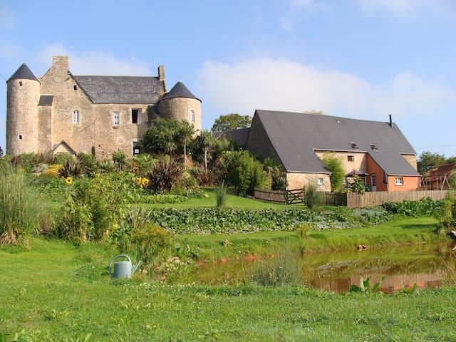 Gîte Les Vignes - Montmartin-en-Graignes - Rumah