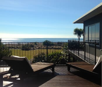 Beach and Golf on your doorstep! - Pohara - Huvila